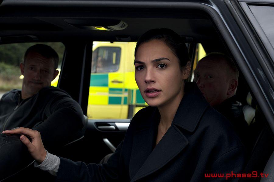Criminal (2016) movie -003