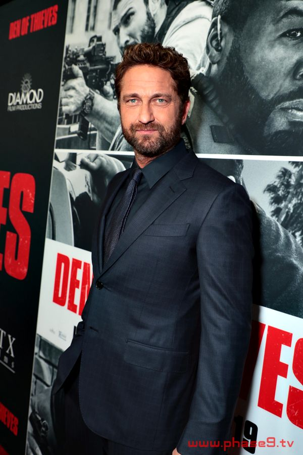 Gerard Butler attends the Los Angeles Premiere of DEN OF THIEVES
