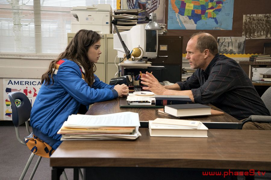 The Edge Of Seventeen with Hailee Steinfeld -003