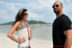 Mechanic: Resurrection - Jason Statham and Michelle Yeoh