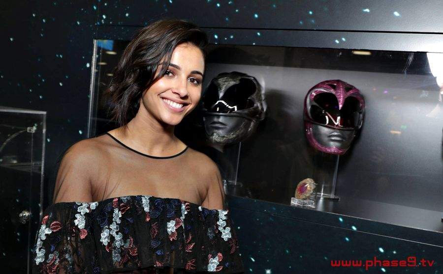 Naomi Scott - Power Rangers San Diego Comic-Con 2016