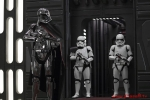 Star Wars The Last Jedi - Captain Phasma (Gwendoline Christie) and Stormtroopers
