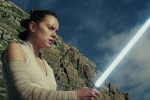 Star Wars The Last Jedi - Rey (Daisy Ridley) lightsaber