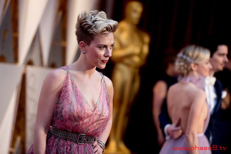 The Oscars 2017 Red Carpet Arrivals In Pictures – Gallery 4