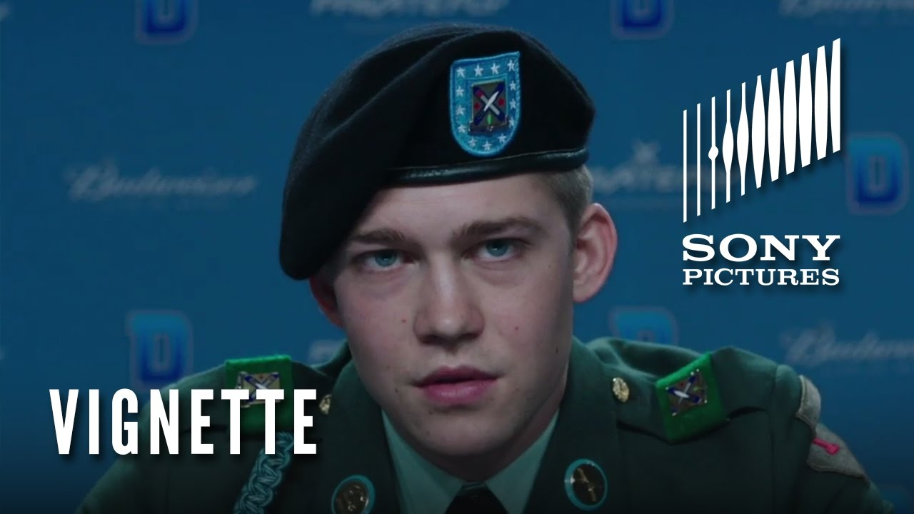 BILLY LYNN'S LONG HALFTIME WALK Vignette – Immersive Experience