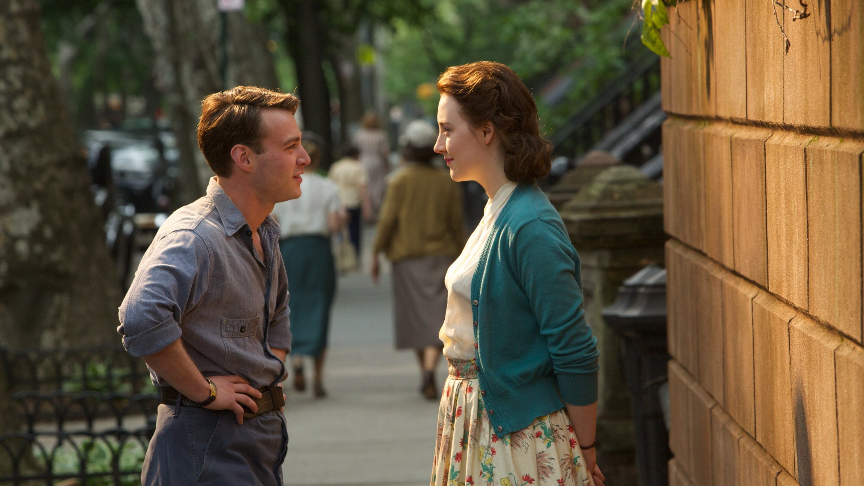BROOKLYN featurette: Saoirse Ronan