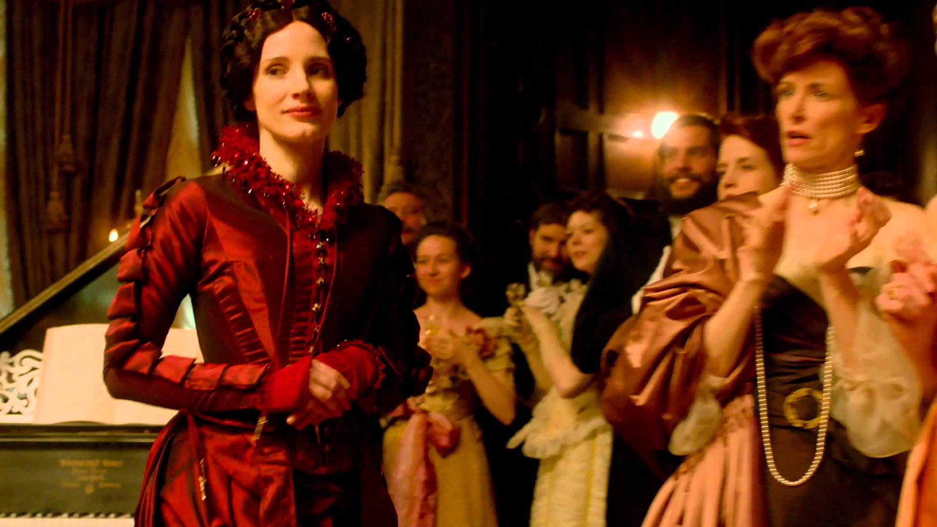 Crimson Peak – Costumes Featurette (Universal Pictures) HD