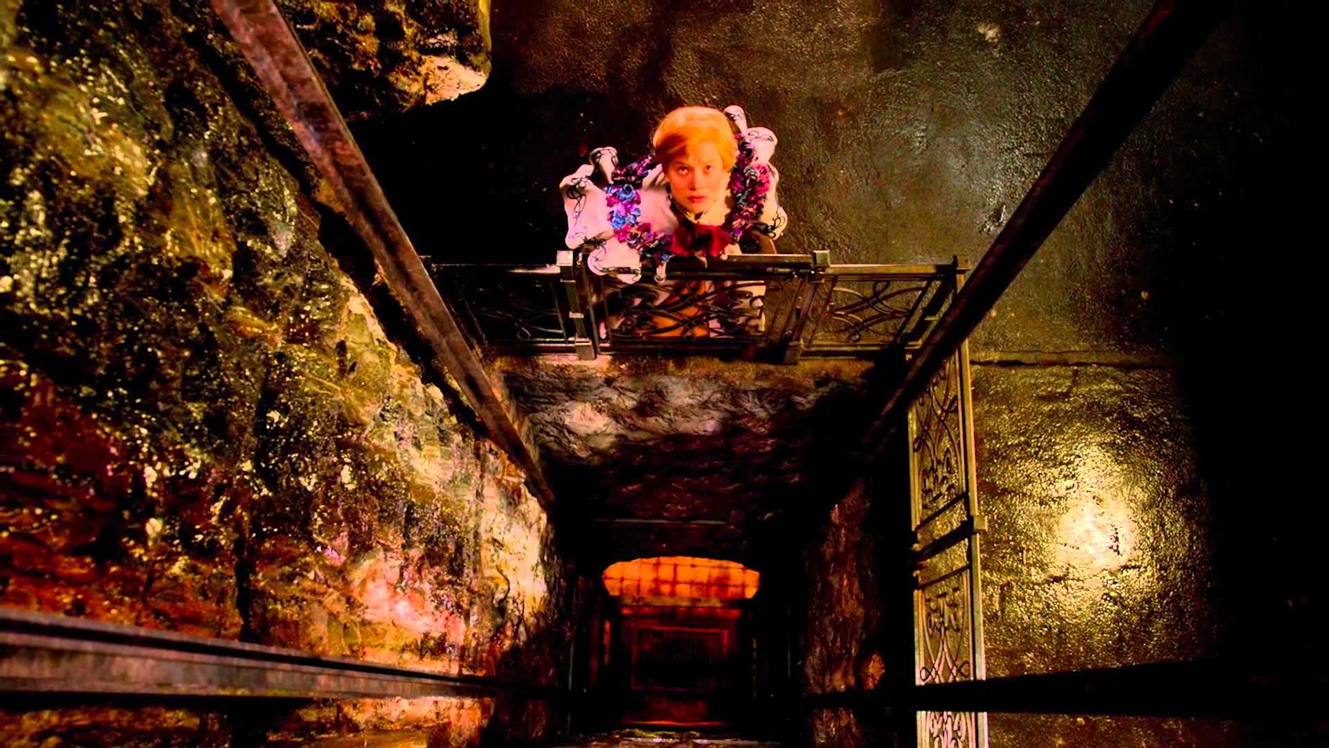 Crimson Peak – Secrets Featurette (Universal Pictures) HD