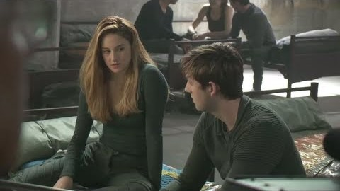 DIVERGENT Preview: Taking a Stand