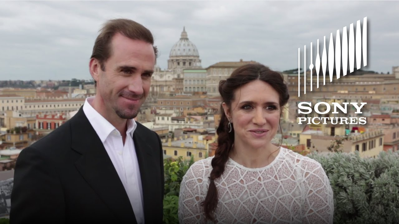 RISEN – Joseph Fiennes & Maria Botto Visit the Vatican