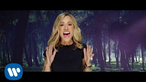 Sheryl Crow Ft. Gary Clark Jr. – Halfway There (Official Music Video)