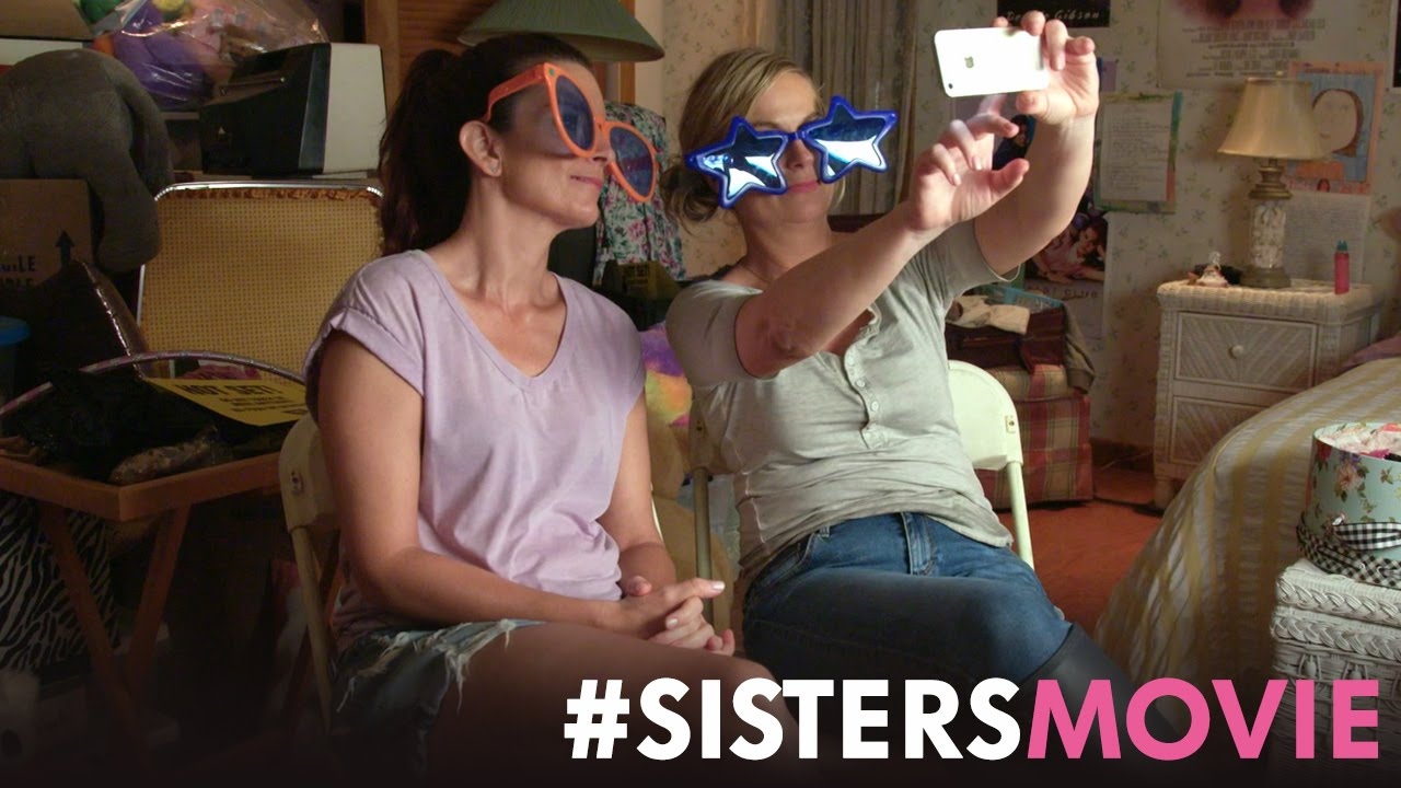"Sisters – Featurette: ""Triple Threat"" (HD)"