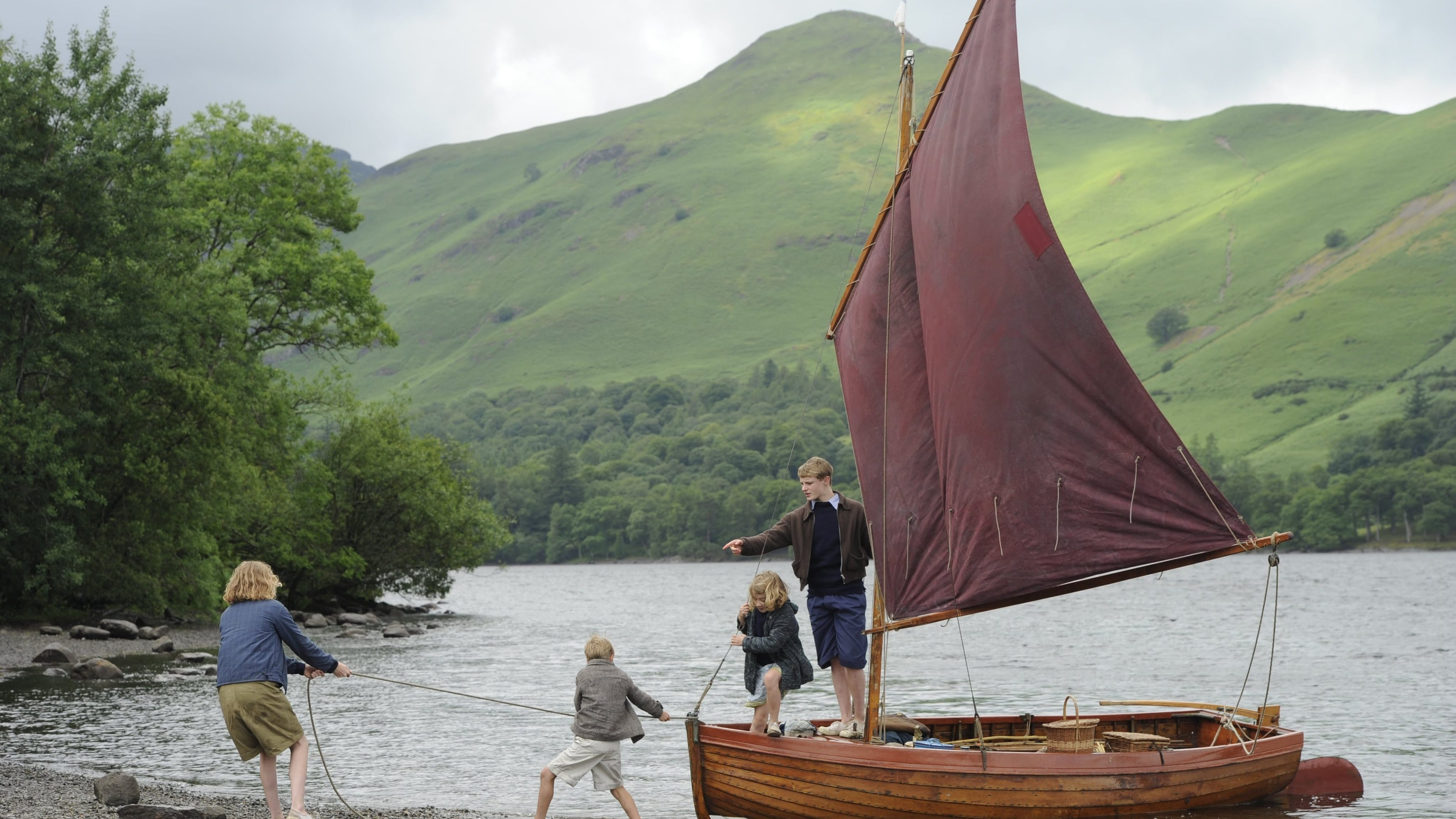 SWALLOWS & AMAZONS – Official Trailer – In Cinemas August 19th