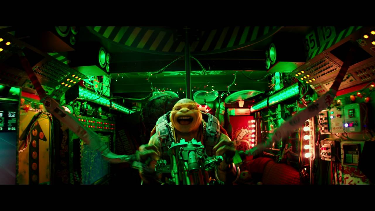 "Teenage Mutant Ninja Turtles: Out of the Shadows | Clip: ""Manhole Covers and Nunchucks"" 