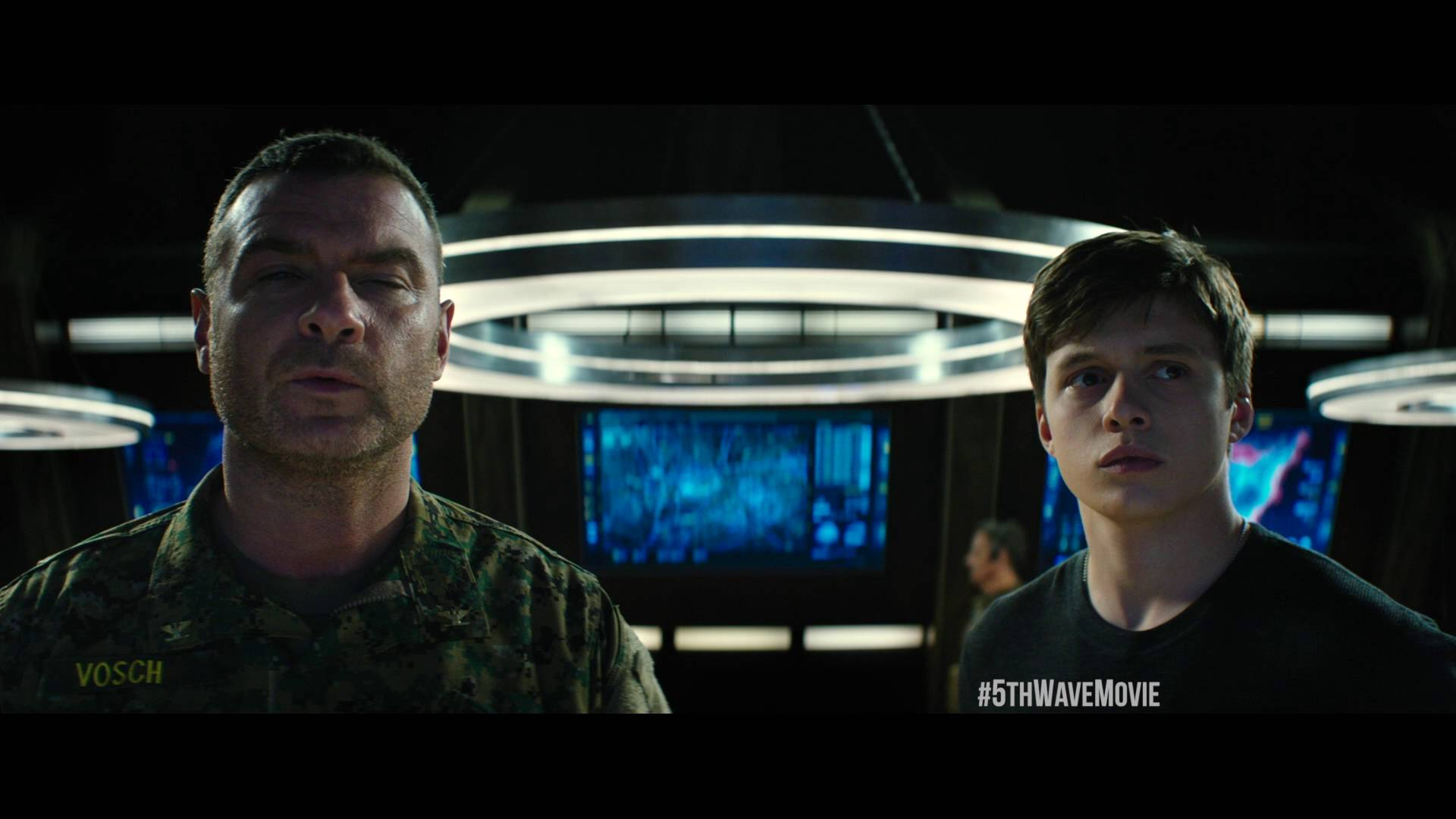 "The 5th Wave Clip – ""Squad"" – In Theaters January 2016!"