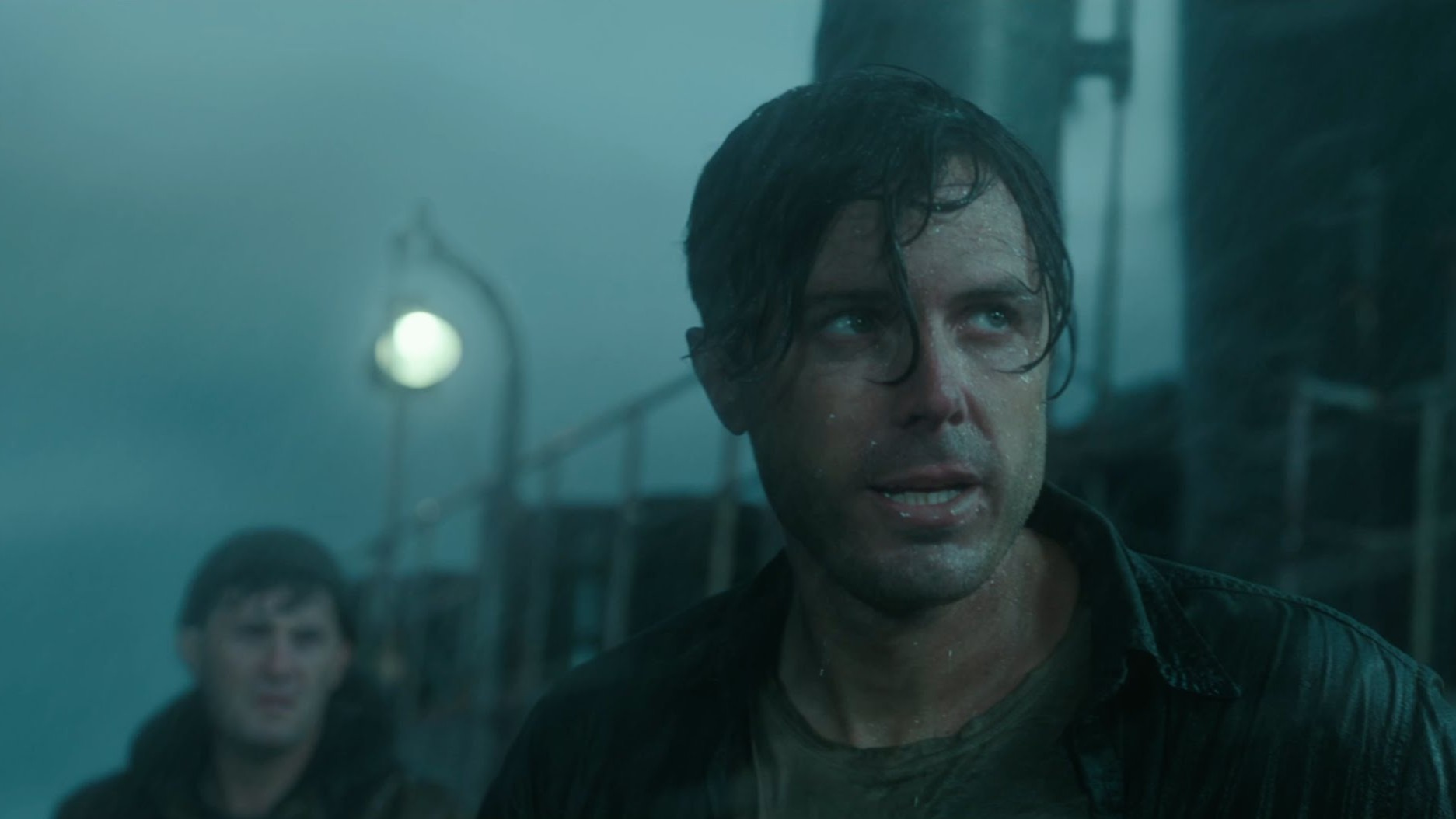 "The Finest Hours – ""The Boat Is In Pieces"" Clip"