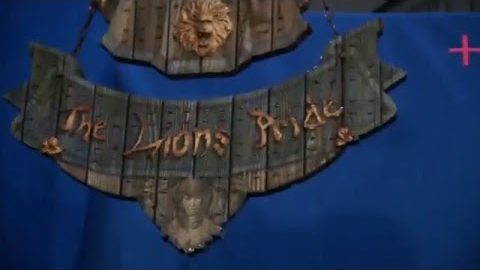 Warcraft: The Beginning –  Inside Lion's Pride Inn (Universal Pictures)